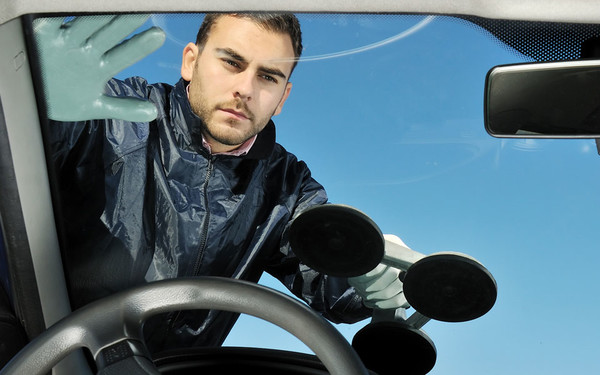 How to Ascertain whether your Car needs Windscreen Replacement