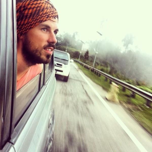 самостоятельно путешествовать