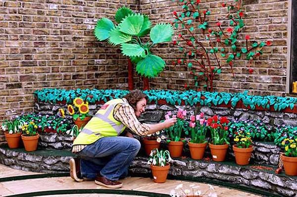 """Результат пошуку зображень за запитом """"Восхитительный сад из пластилина Джеймса Мэя."""""""