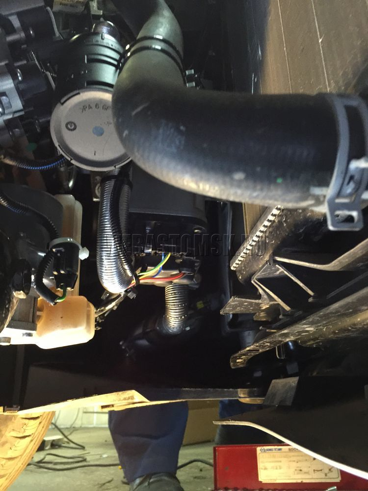 Peugeot Partner II Рестайлинг 2 2015 г.в. Установка Thermo Top Evo 4