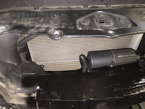 Eberspächer HYDRONIC B5W SC на автомобиль BMW 6er (E63/E64)