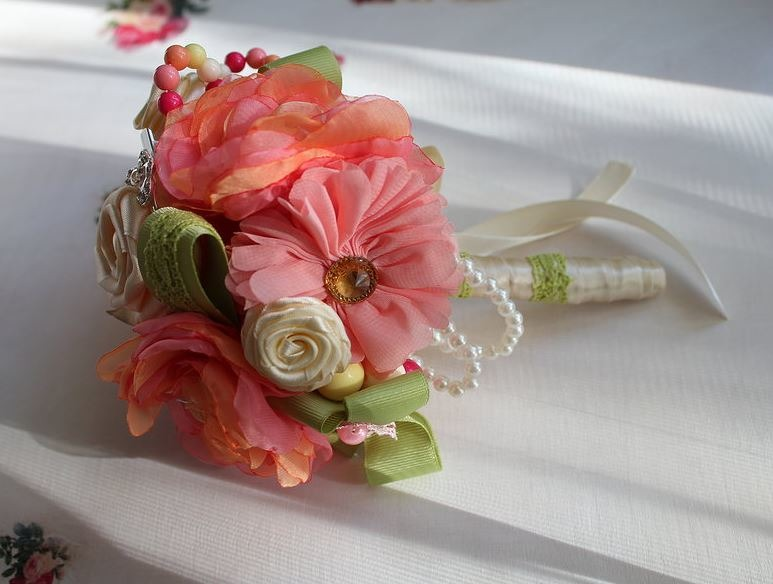 Букетики цветов для девочки фото