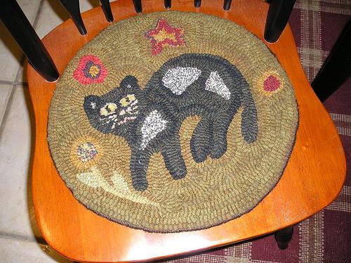 Как сделать коврик из ненужных вещей своими руками