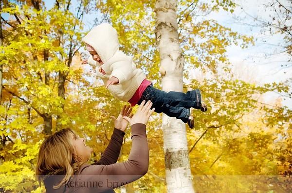 Родители - любите своих детей и учите их радости жизни!  I-454