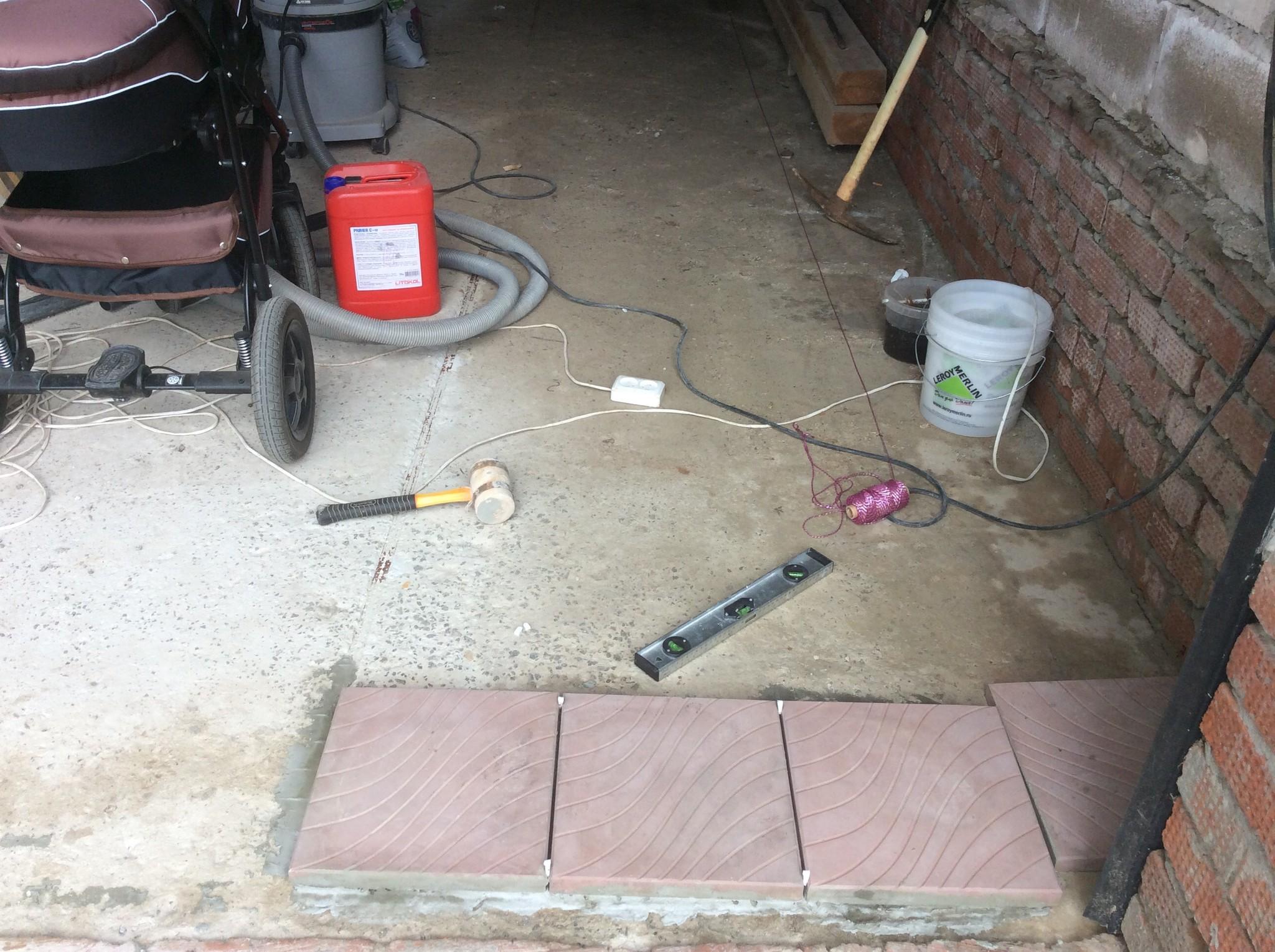 Тротуарная плитка для гаража своими руками 40