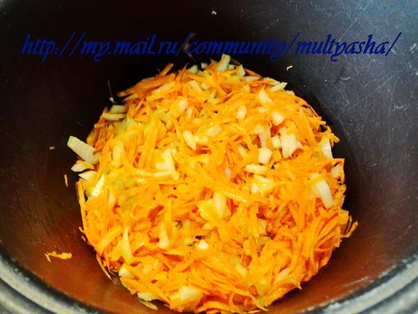 солянка с капустой и сосисками в мультиварке