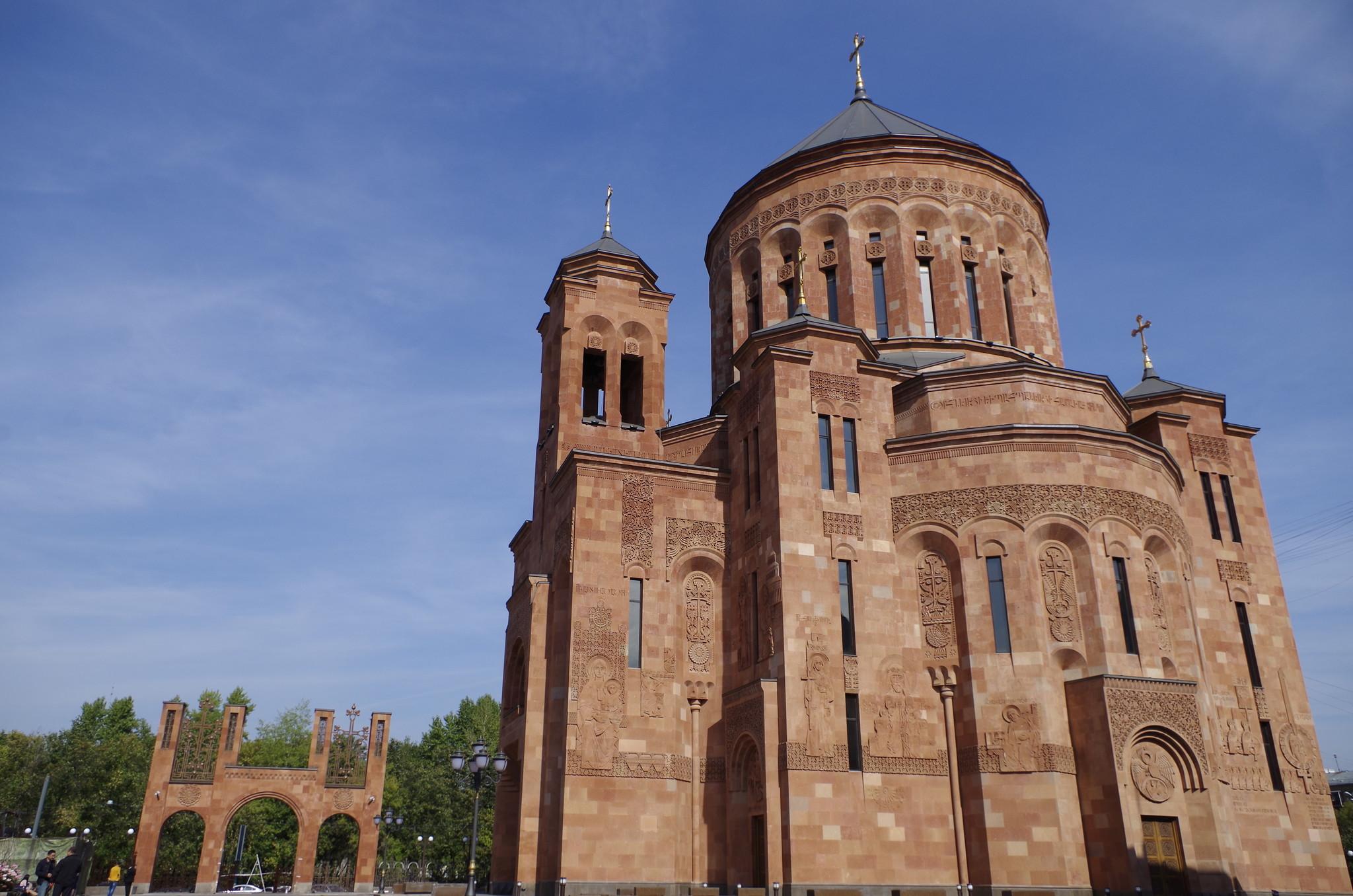 Кафедральный собор Преображения Господня (Трифоновская улица, вл. 24)