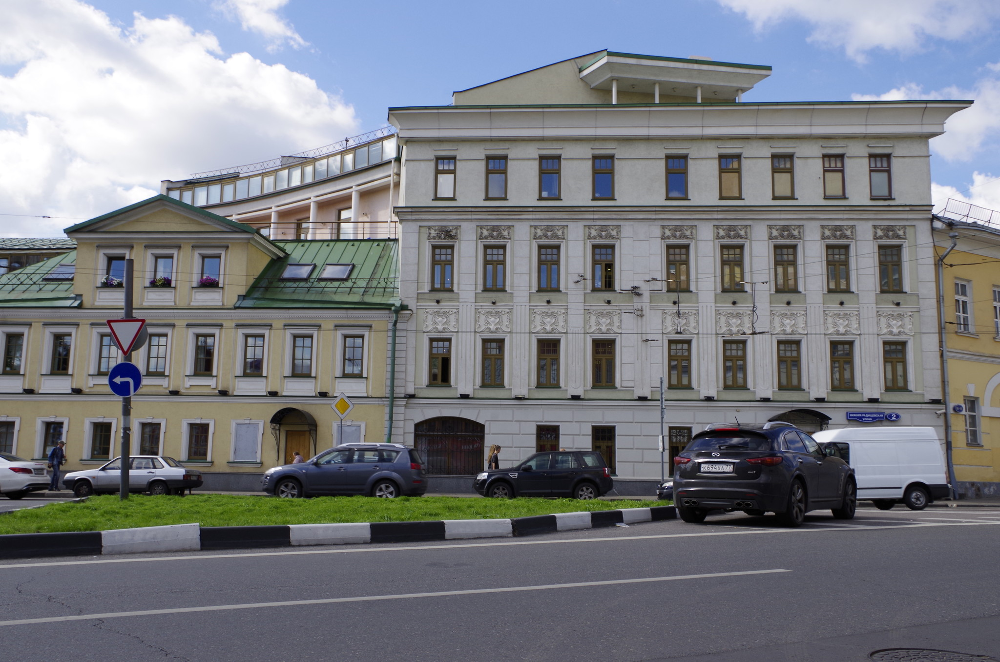 Нижняя Радищевская улица, дом 2