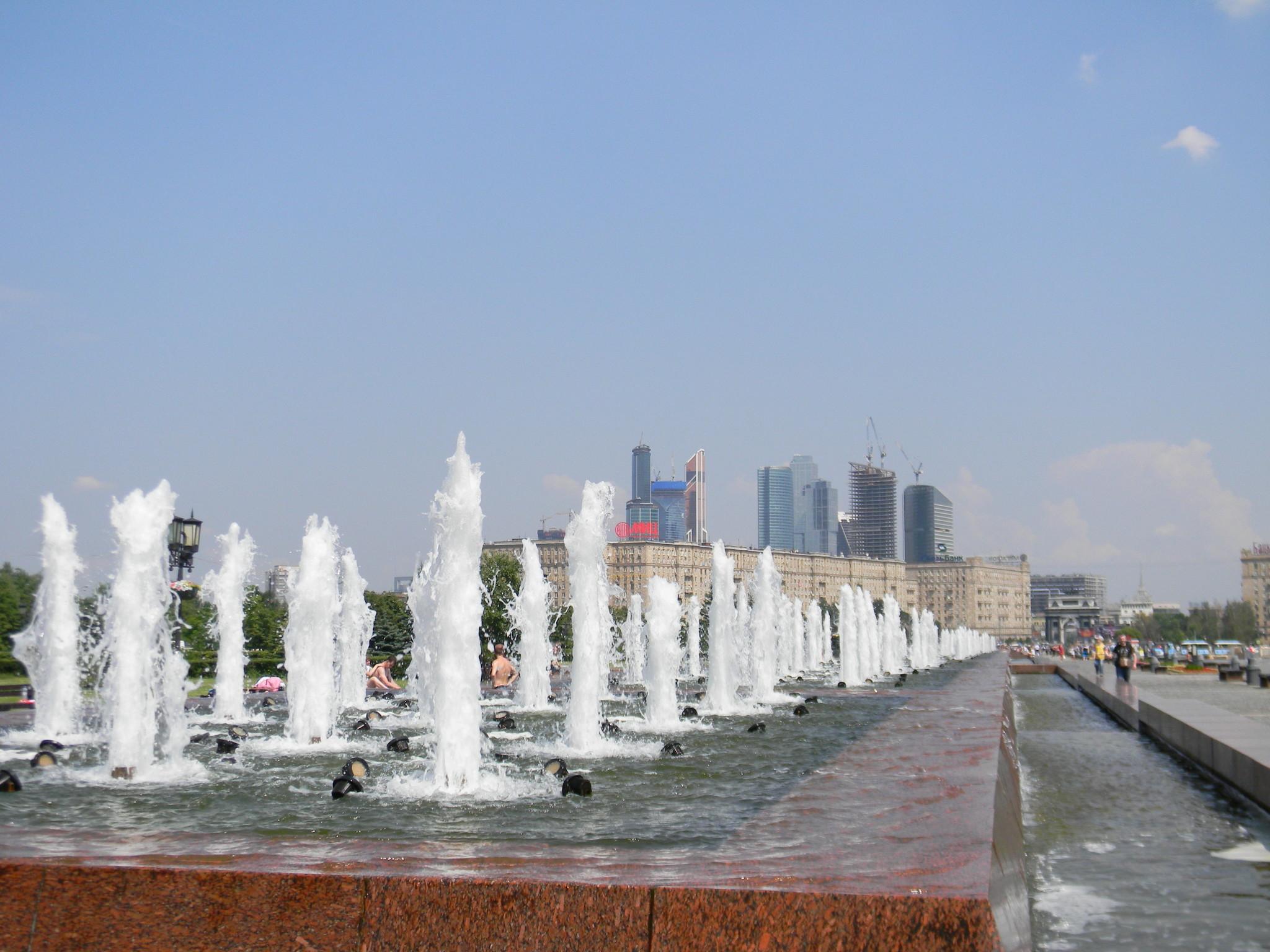 Комплекс фонтанов на Поклонной горе