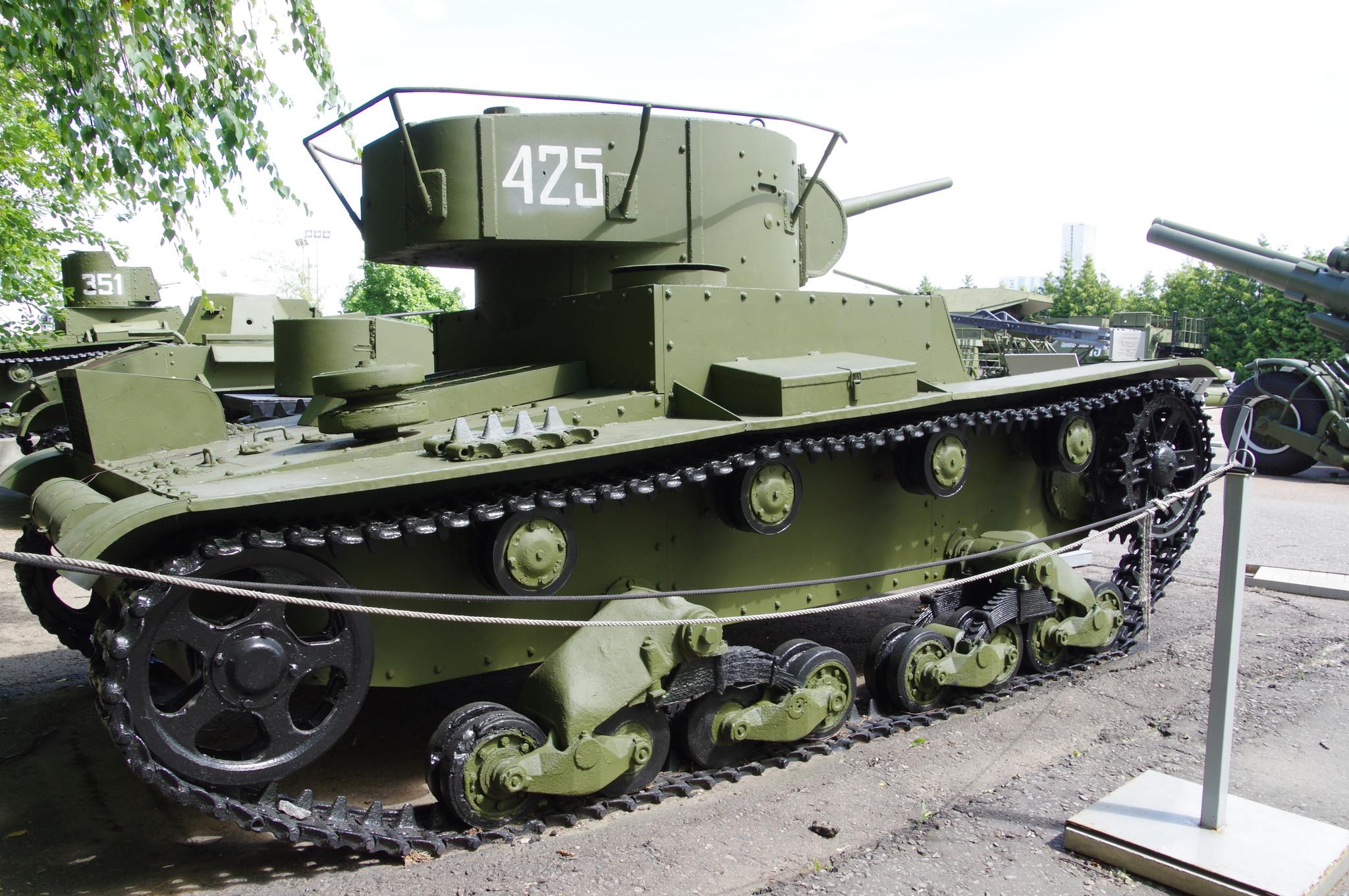 Лёгкий танк Т-26 с цилиндрической башней 1933-1938 годов выпуска