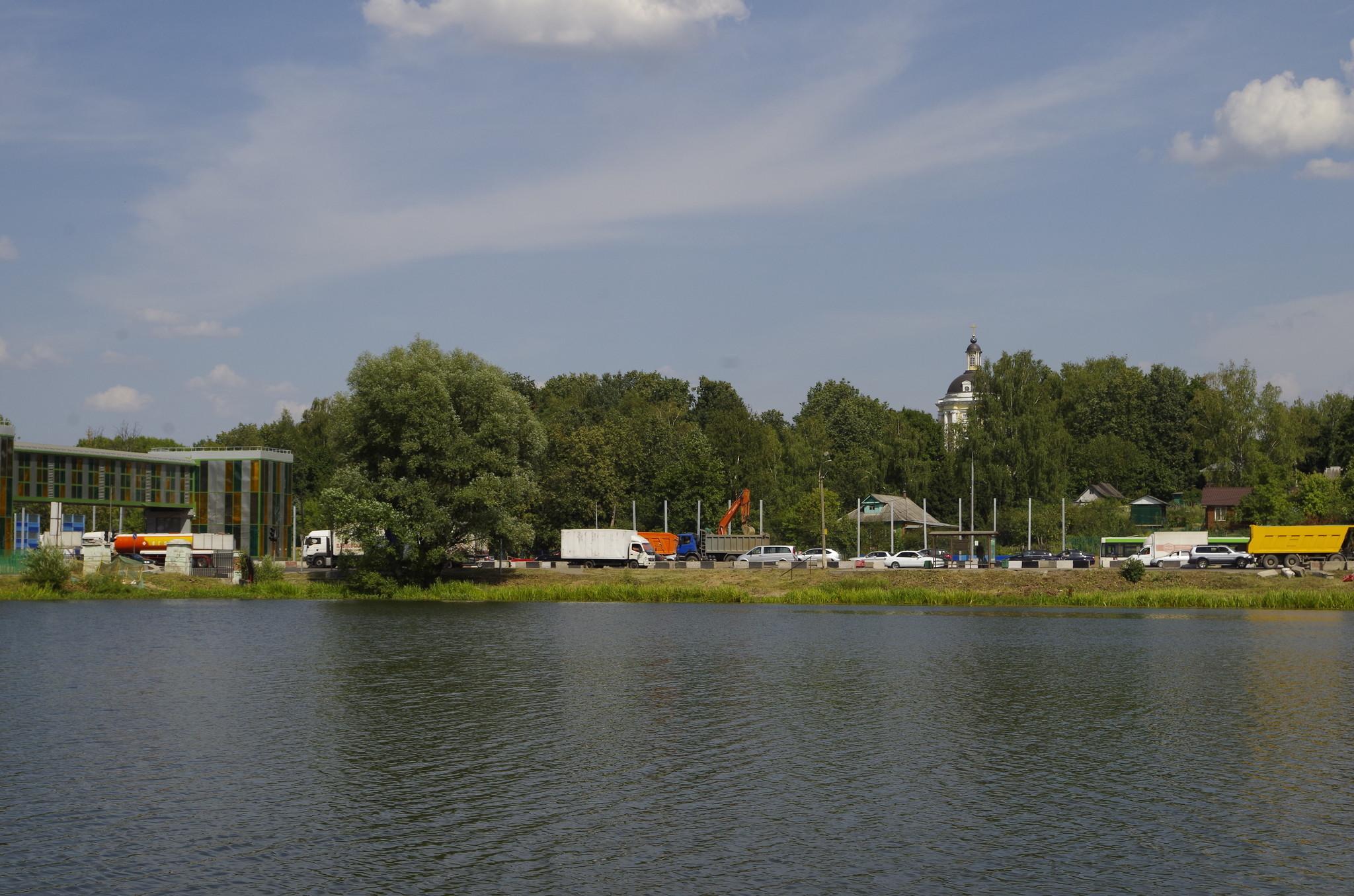 Дмитровское шоссе в районе деревни Виноградово