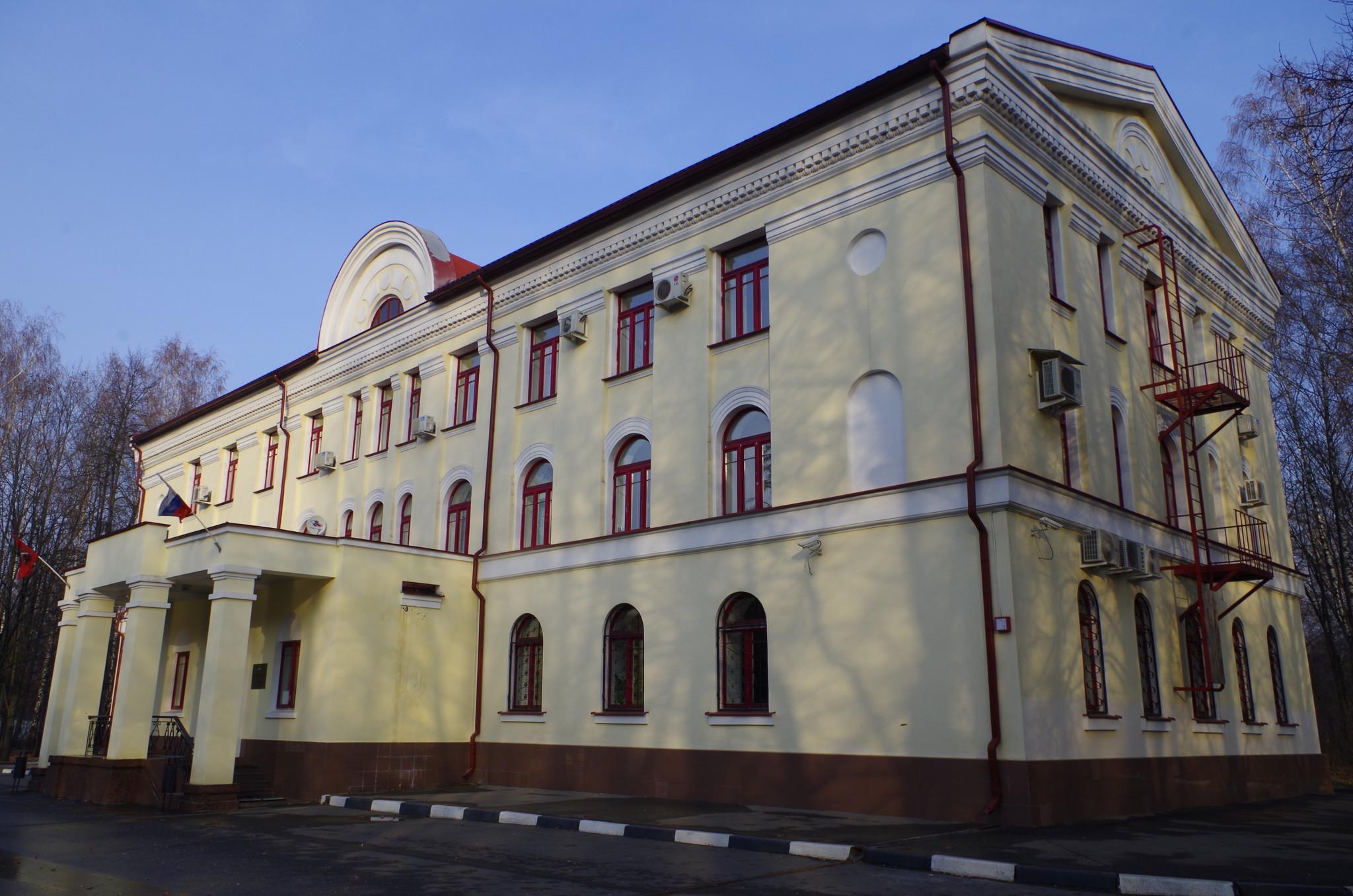 Управление Северной водопроводной станции (1-я Северная линия, дом 1, строение 1)
