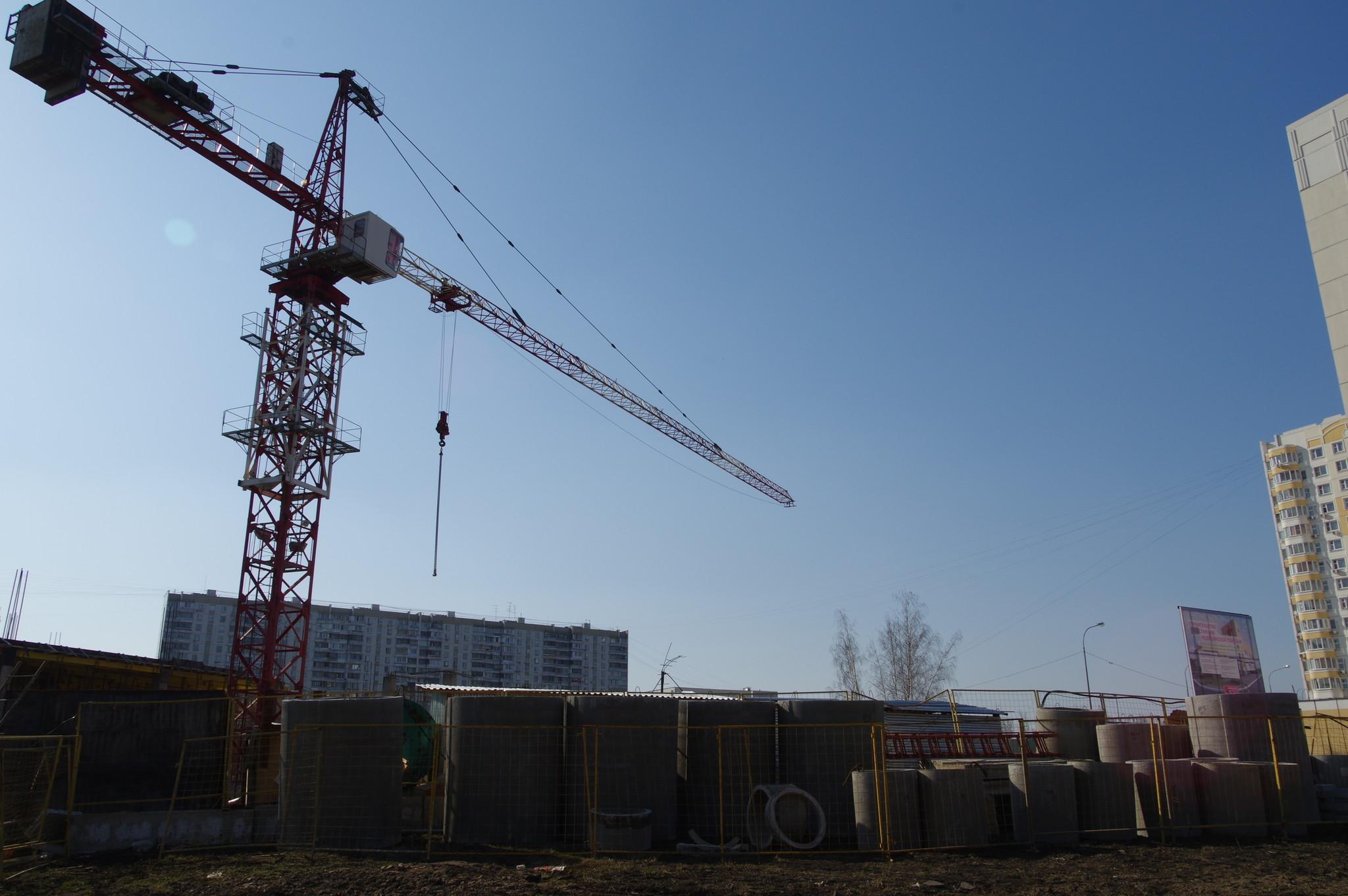 Строительство здания подстанции на 20 машин скорой помощи в 4-м микрорайоне Северного