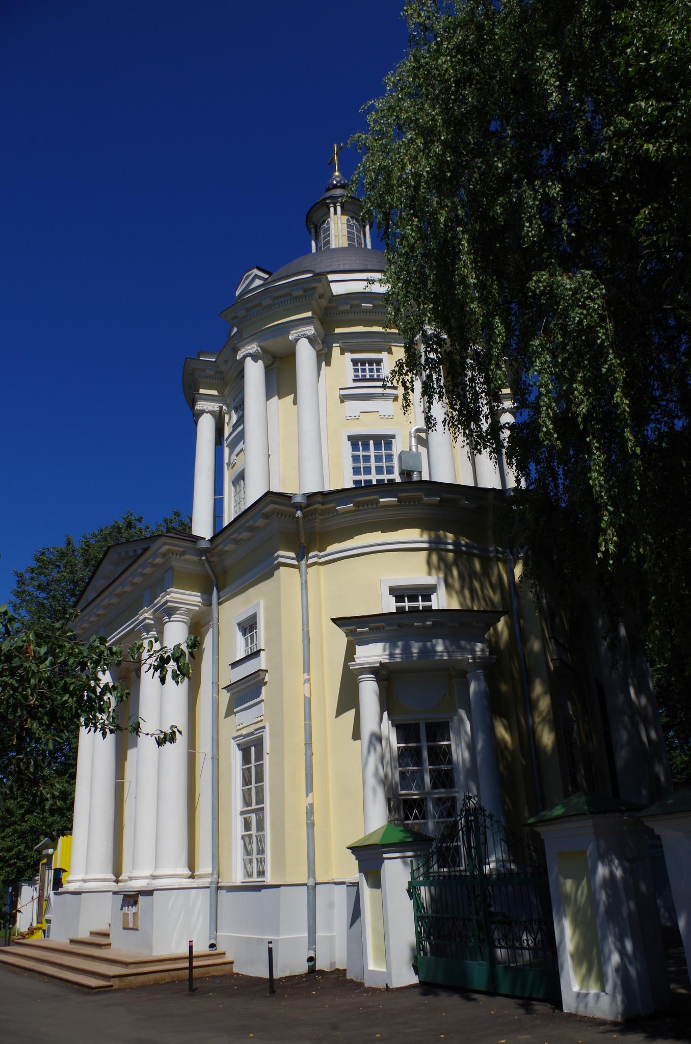 Храм Владимирской иконы Божией Матери в Виноградове (Дмитровское шоссе, дом 170)