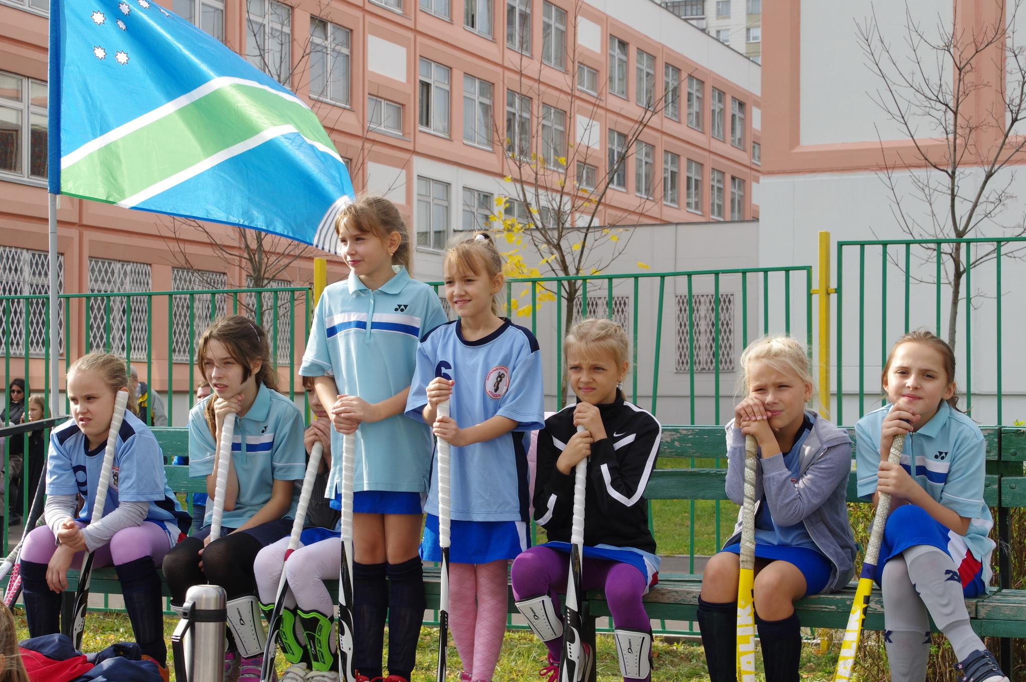 Скамейка запасных. I-е открытое первенство района Северный СВАО города Москвы по хоккею на траве