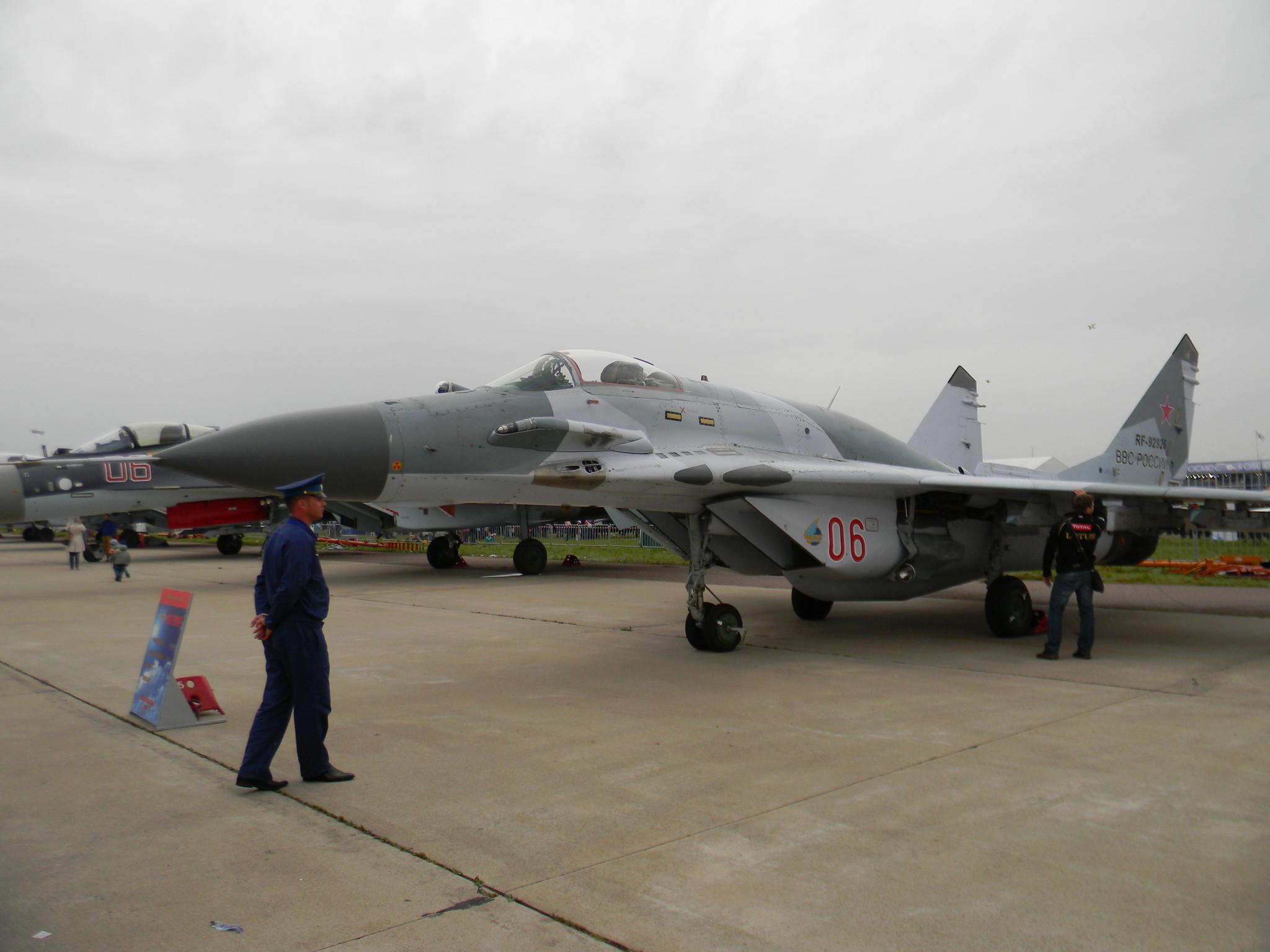 МиГ-29СМТ - одноместный многоцелевой фронтовой истребитель