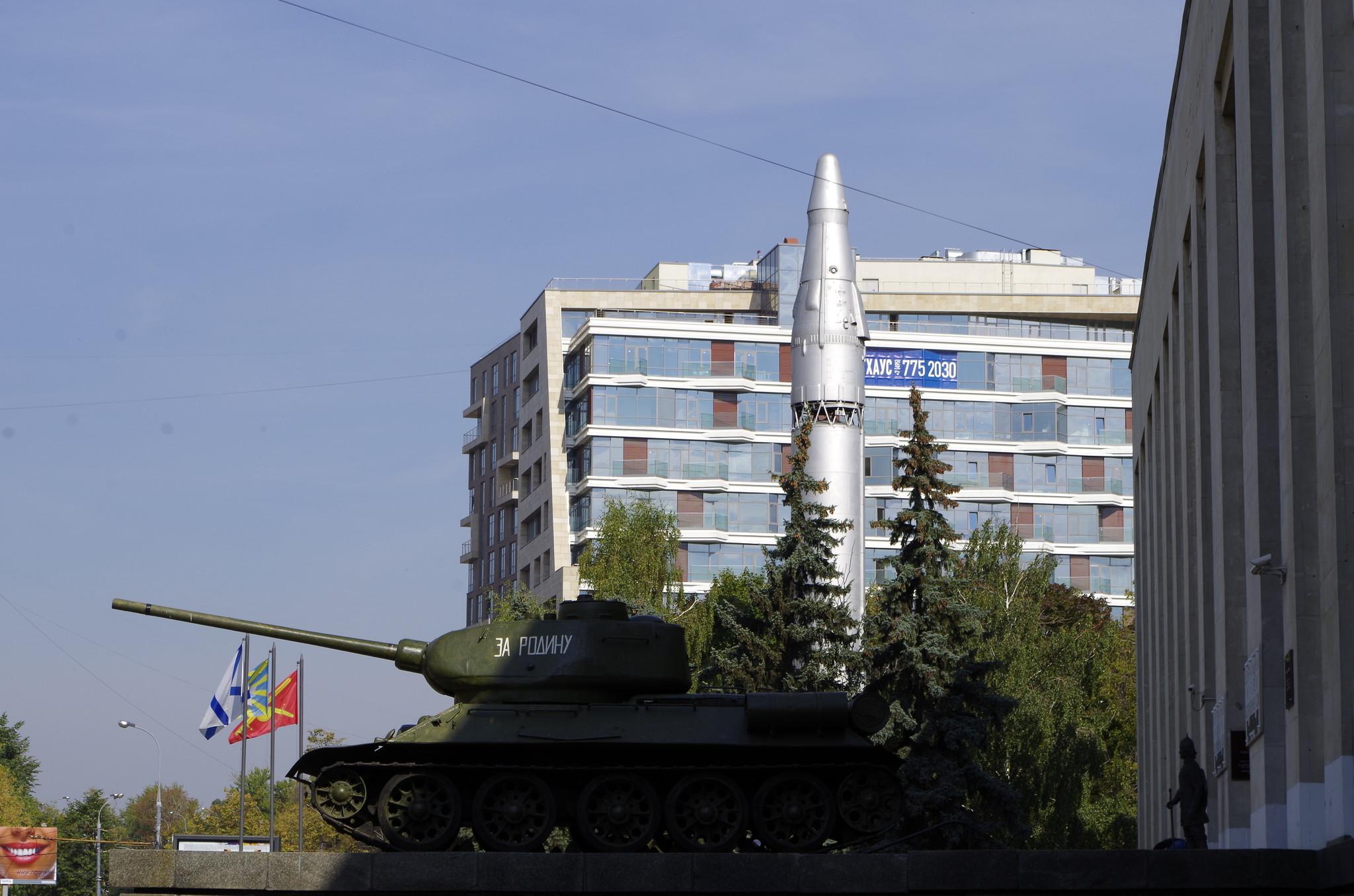 Танк Т-34-85 у Центрального музея Вооружённых Сил