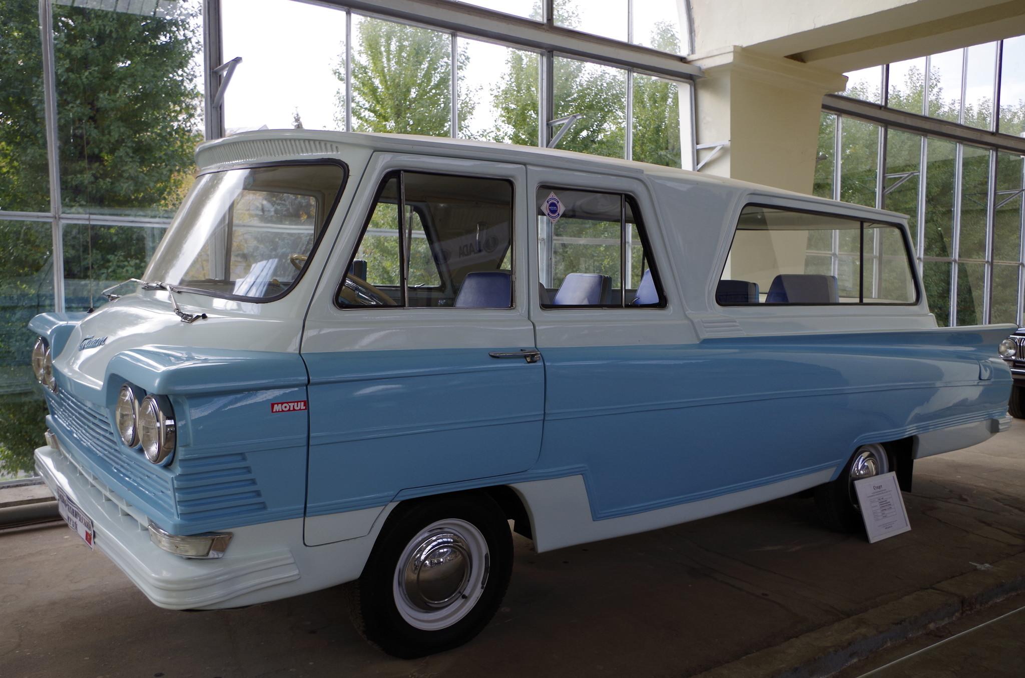 10-местный микроавтобус «Старт» с кузовом из стеклопластика на базе ГАЗ-21