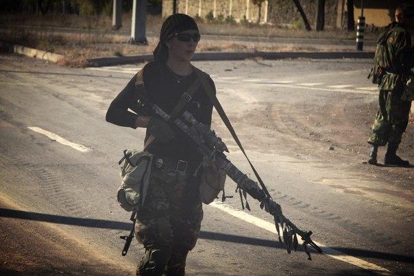 """Террористы создают """"артиллерийский резерв"""" на Луганском направлении. В Донецк переброшены 2 роты боевиков, - Тымчук - Цензор.НЕТ 2"""
