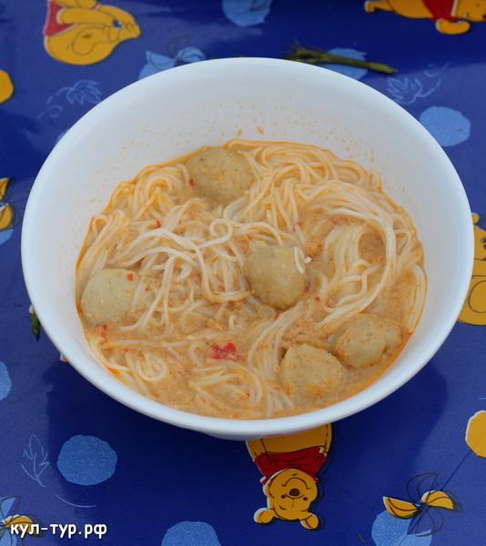 рыбный нудл суп
