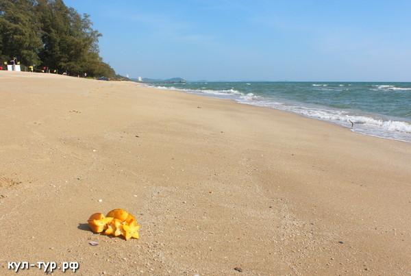 пляж белый песок изумрудная вода