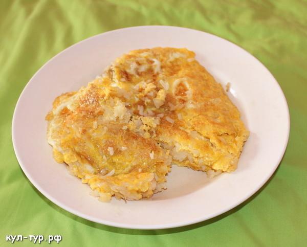 Омлет с рисом и капустой