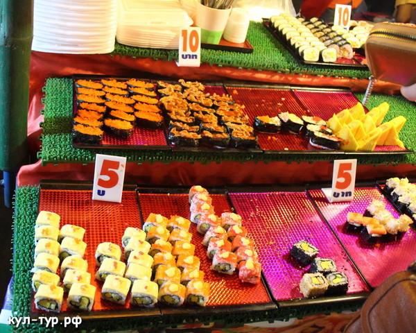 тайские суши на рынке