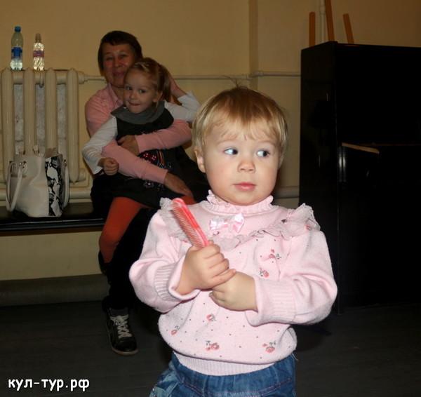с дочкой в театре