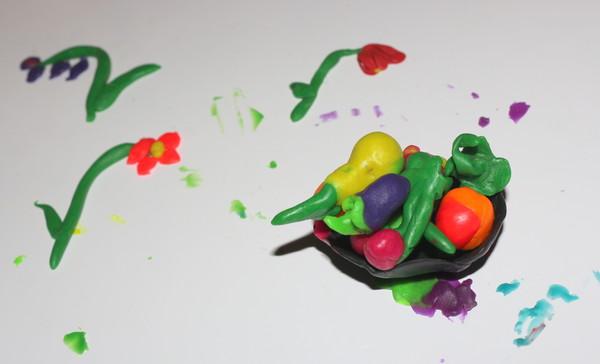 цветы фрукты овощи из пластилина