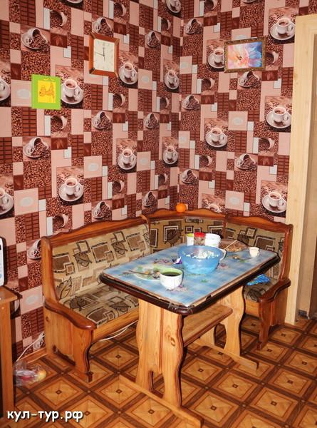 кухонный уголок в деревне