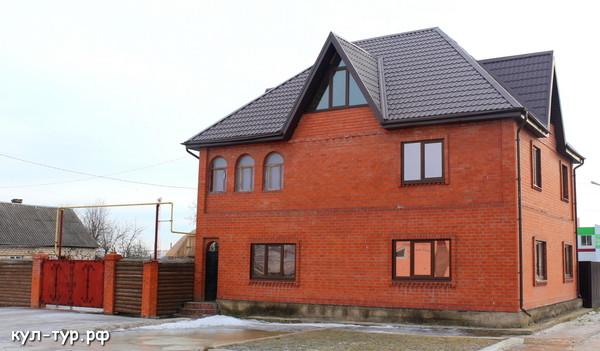 большой дом на продажу