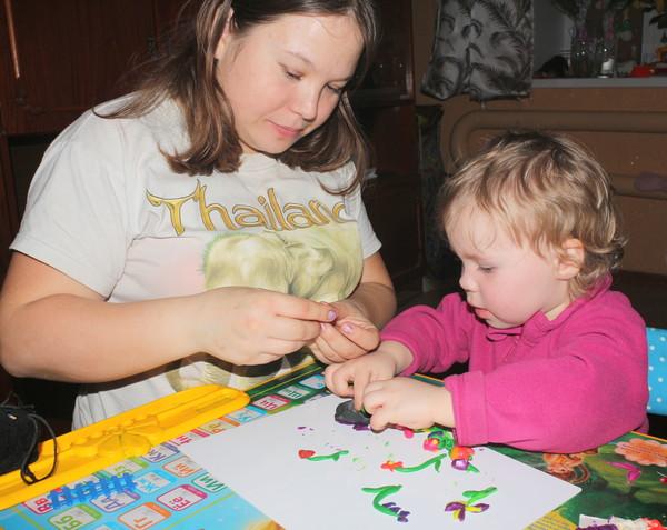 игра в пластилин развитие ребёнка