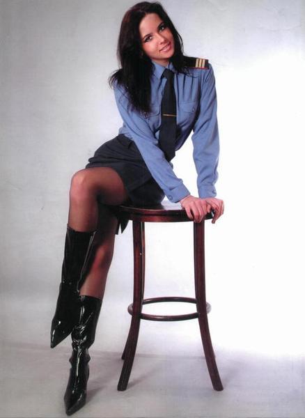 Милиционерша с красивыми ногами фото фото 70-539