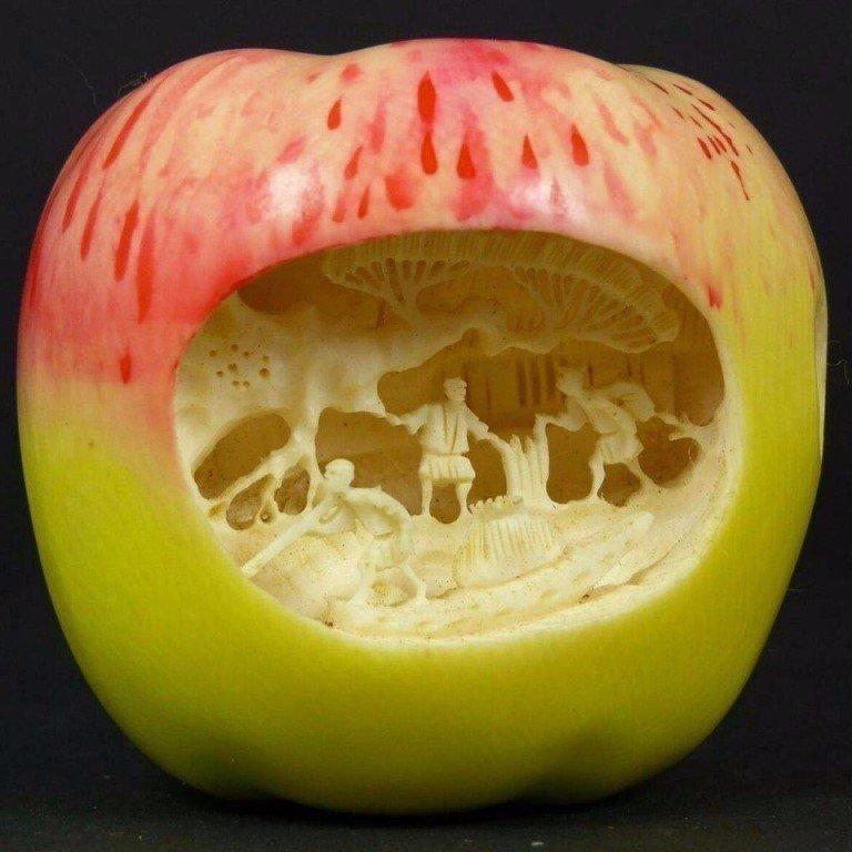 Резьба по яблоку
