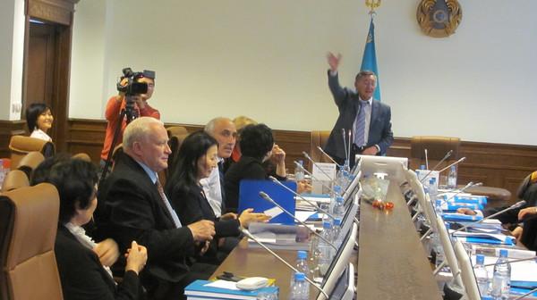 Заседание международного Клуба журналистов и экспертов по вопросам межэтнических отношений в Астане (фотоотчет на блоге Гульшат Уразалиевой)
