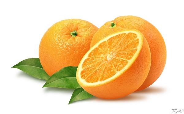 Все мы очень любим апельсины.