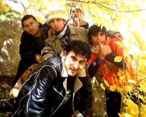 вот поставила фото таджика он стал кричать праздники