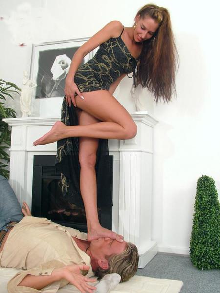В ноги приказала жена — pic 8