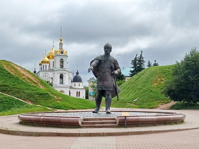 https://content.foto.my.mail.ru/list/s1_62/15150/h-15163.jpg