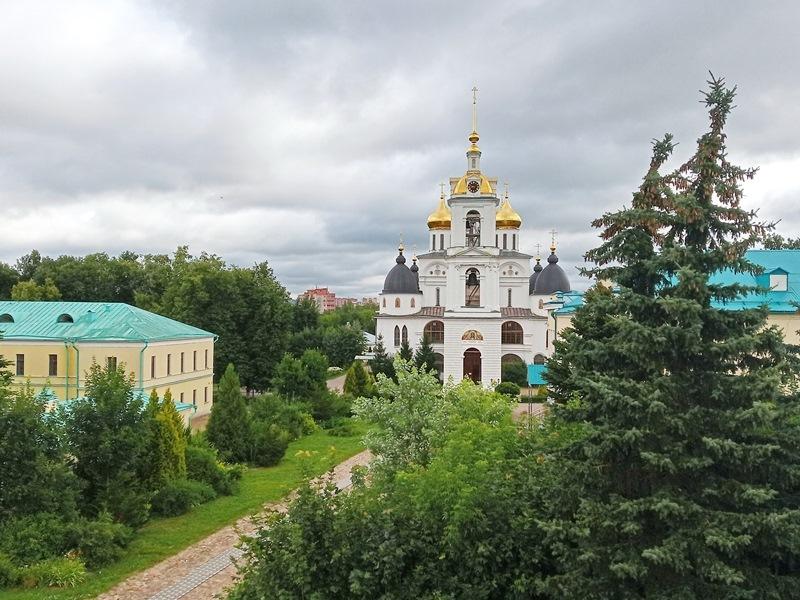 https://content.foto.my.mail.ru/list/s1_62/15150/h-15164.jpg