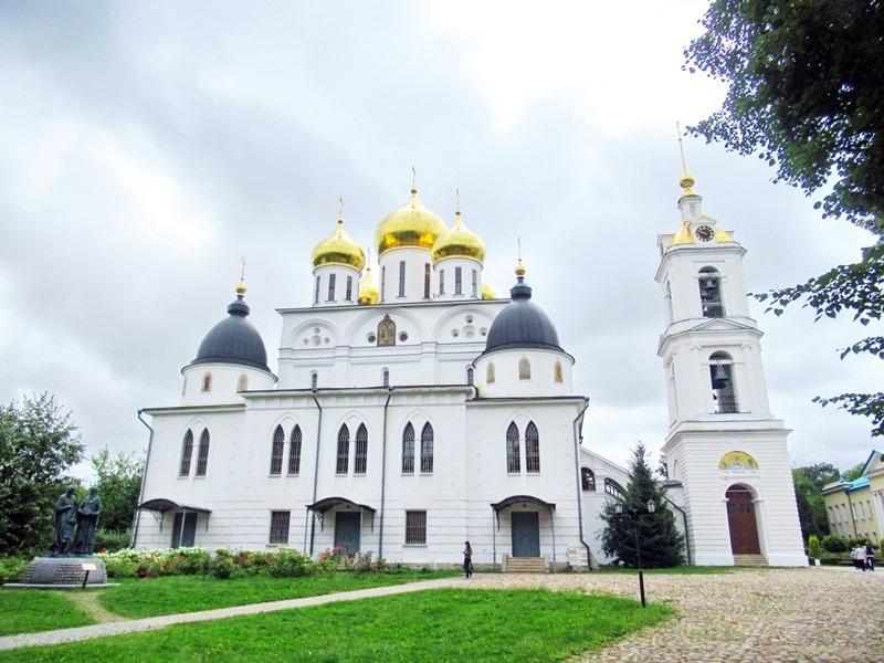 https://content.foto.my.mail.ru/list/s1_62/15150/h-15180.jpg