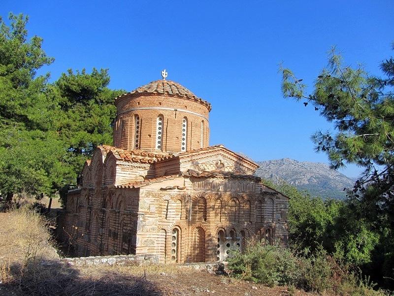 Остров Хиос - столица, церкви и монастыри, котосессии и город-призрак