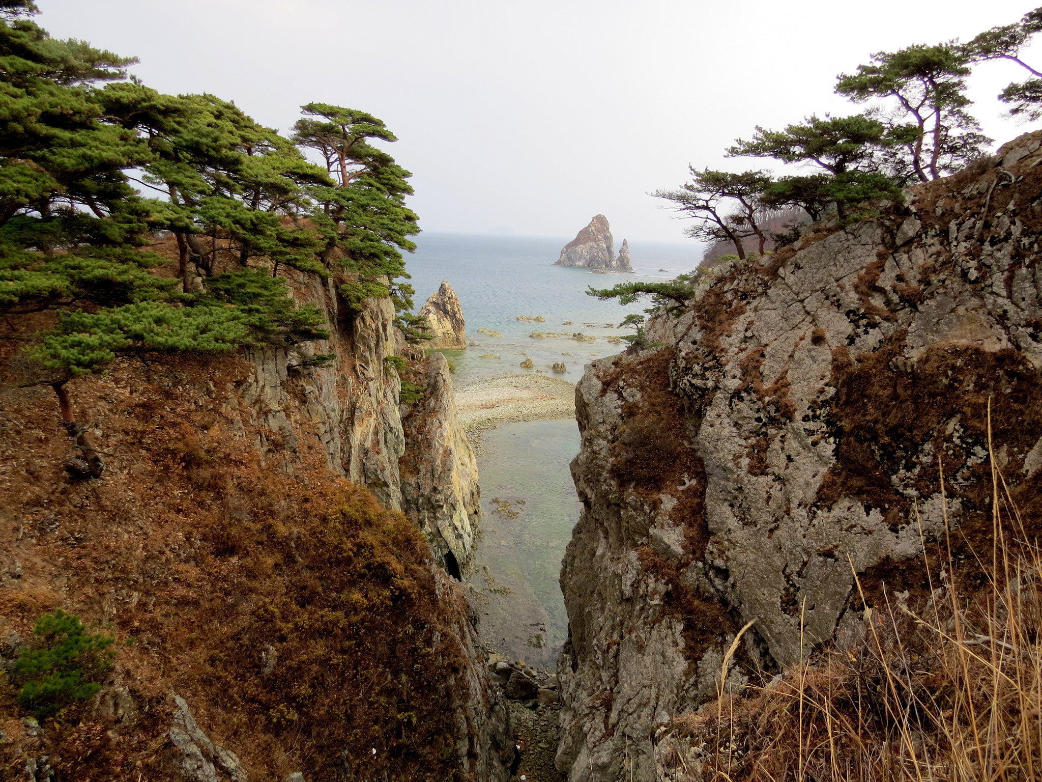 Вид на кекуры Бакланьи