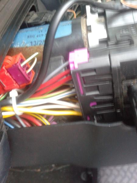 как правильно соединить провода на фаре audi a4 b5