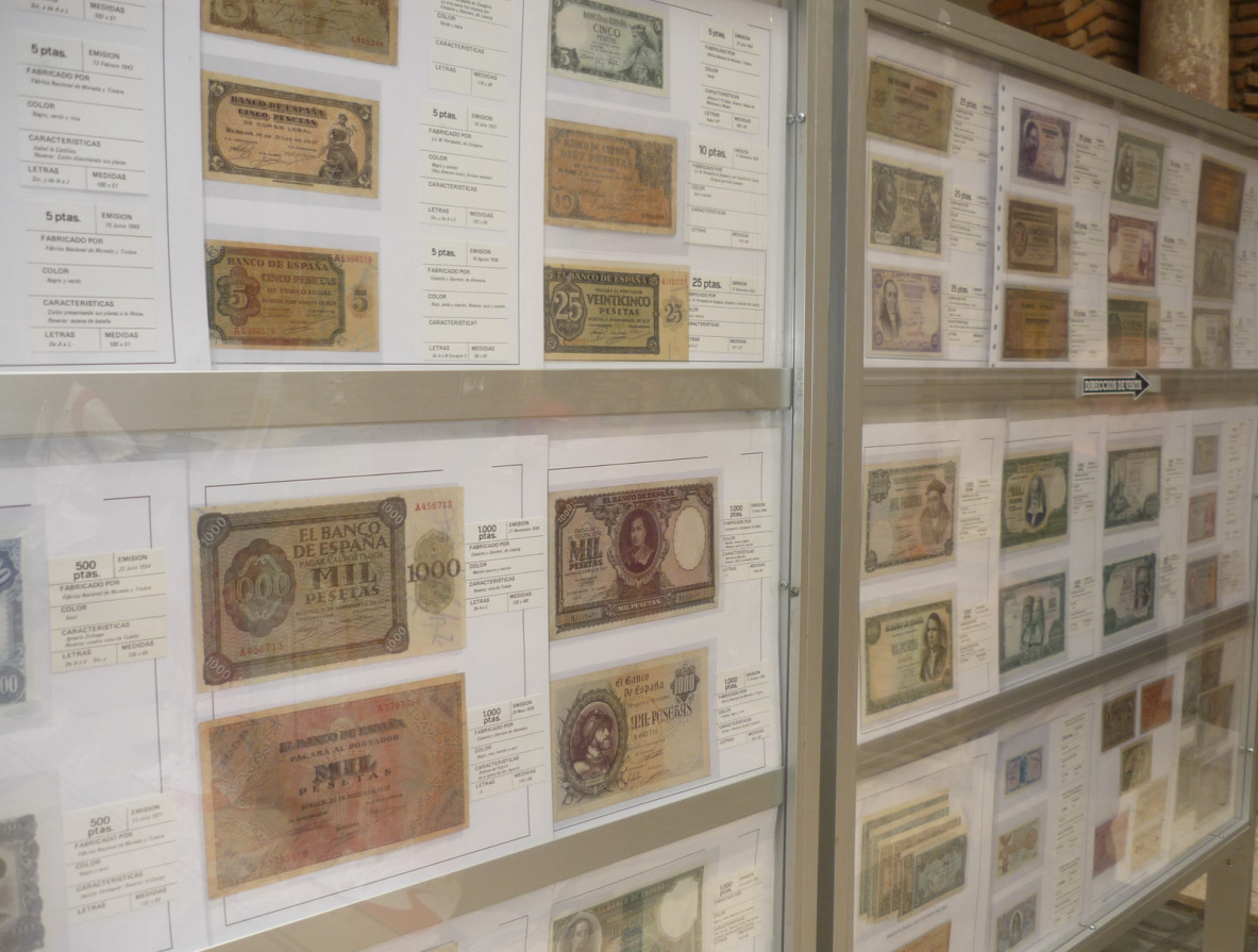 коллекция десятирублевых монет