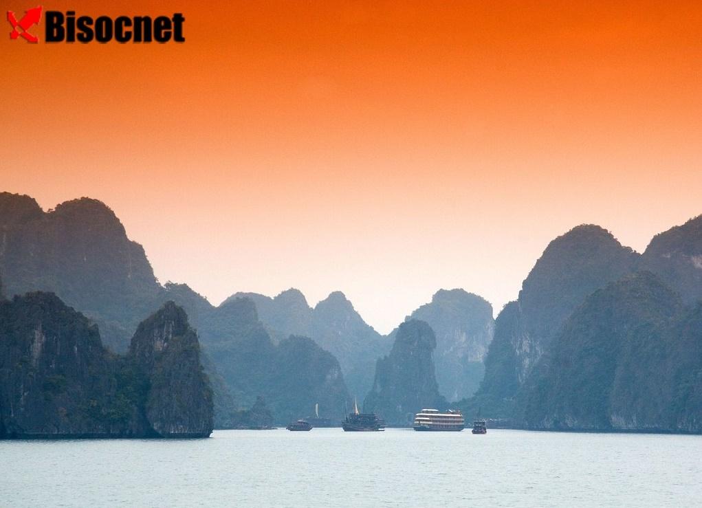 Залив Халонг: Вьетнам