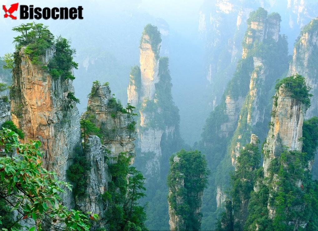 Живописный район: Zhangjiajie, Китай