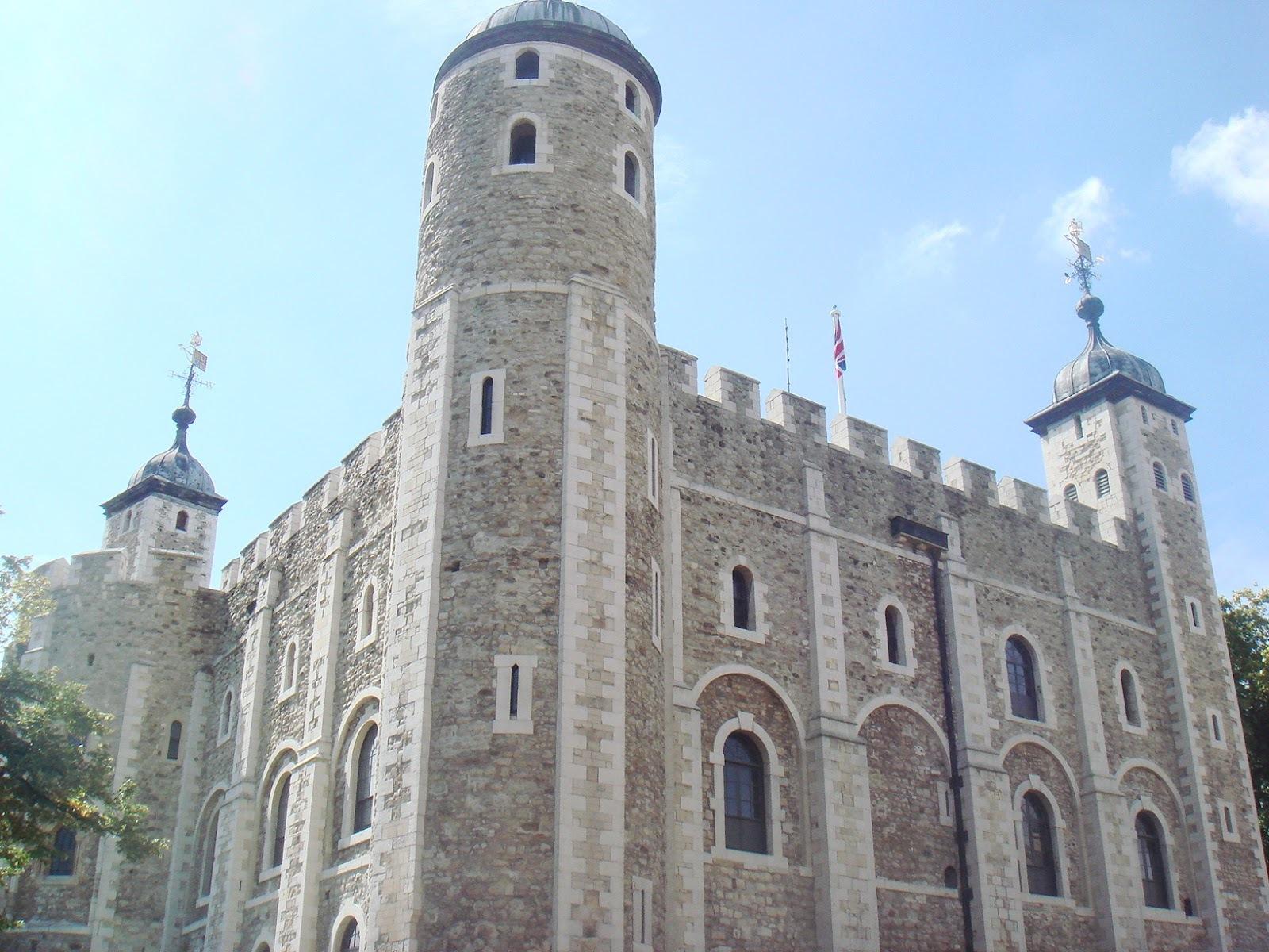 знаменитая Белая башня Великобритания Лондон