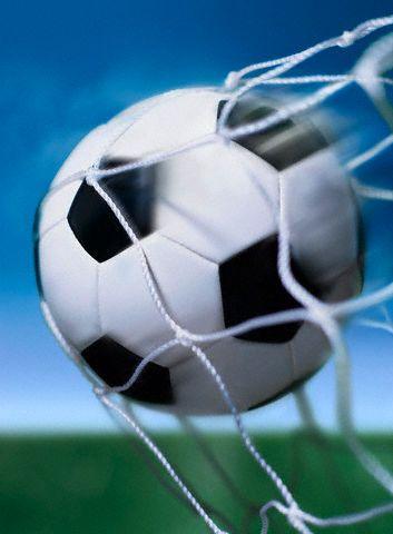 любители футбола