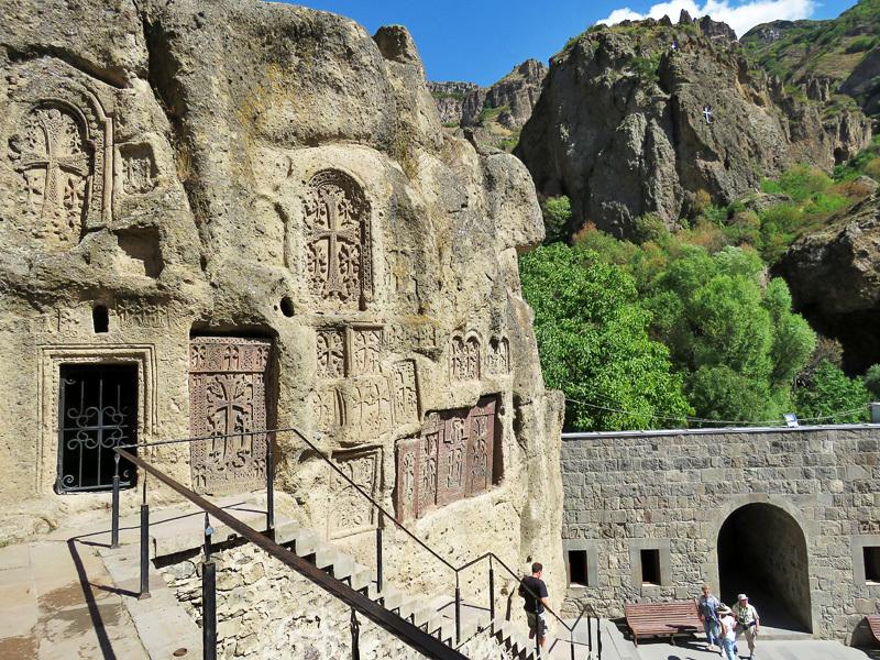Гегард. Пещера Святого Копья.